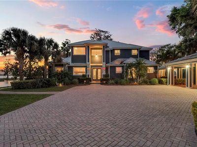Photo for Spectacular Waterfront Home in Winter Haven