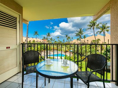 Photo for Sunny West Maui Bliss! Kitchen, Laundry, Lanai, WiFi, AC, TVs+DVD–Kamaole Sands 5309