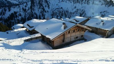 Photo for Luxurious chalet - 5 stars - Portes du Soleil - 8 people-Price all inclusive.