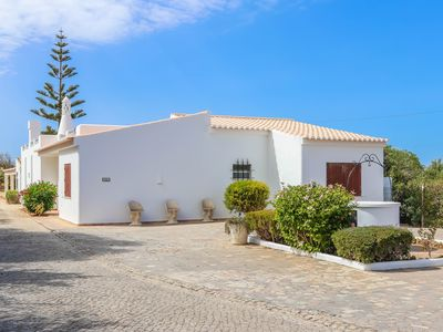 Photo for Unique, Private & Spacious Villa with Large Pool - Near Burgau