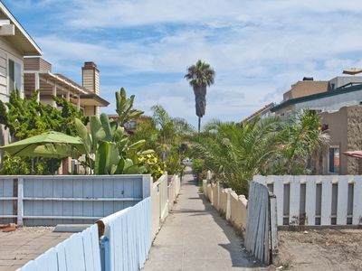 Photo for Recently renovated beach duplex, blocks from Mission Beach boardwalk! Free WiFi!