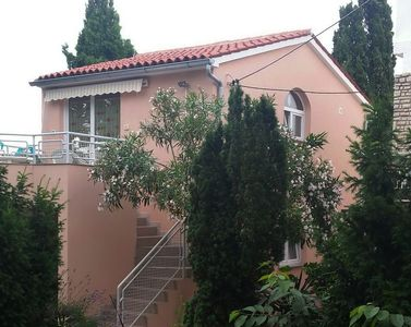 Photo for Holiday apartment with air conditioning and internet in a quiet location