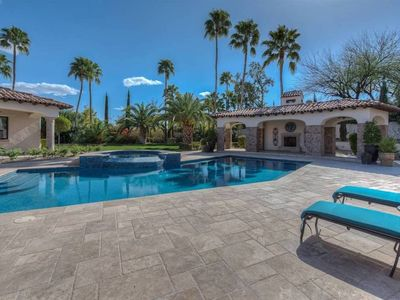 Photo for 2 acre Mansion- 10-Bedrooms - Sleeps 30