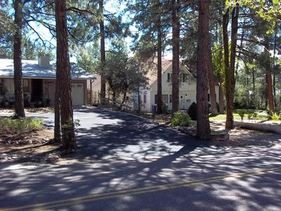 Guest Studio In the tall pines of downtown Prescott.