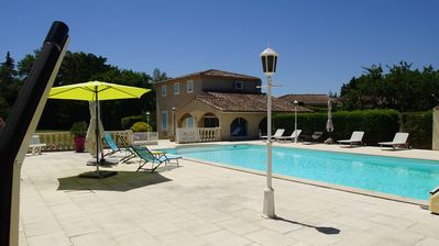 Photo for BED AND BREAKFAST 10 MINUTES FROM AVIGNON
