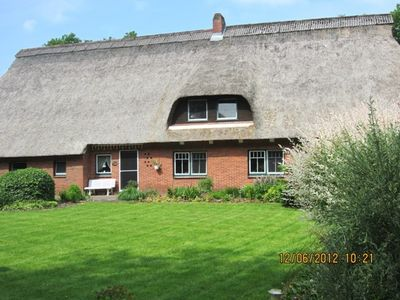 Photo for Quiet location, lots of space to play, large garden, bread service