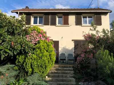 Photo for Country house 10 minutes from Paris!3 rooms, 9 sleepsFree parking & WiFi