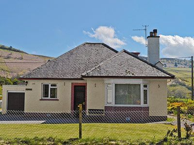 Photo for 3 bedroom property in Strathpeffer. Pet friendly.