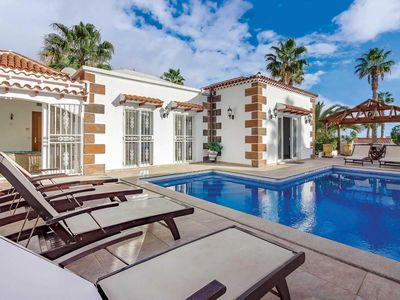 Photo for 4 bedroom accommodation in Callao Salvaje