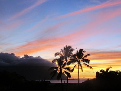 Relax & Entertain with Spectacular Sunset Views from Inside and Outside on Lanai