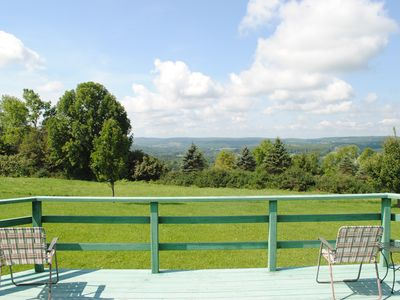 Longview Cottage with views to compliment its name and close to cooperstown