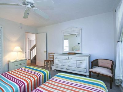 Photo for 18 Sunset Captiva ( 2 Bedroom home )