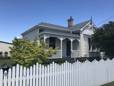 Photo for 3BR House Vacation Rental in Leamington, Waikato