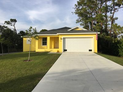Photo for Golden Springs - 3 Bedroom Private Pool Home