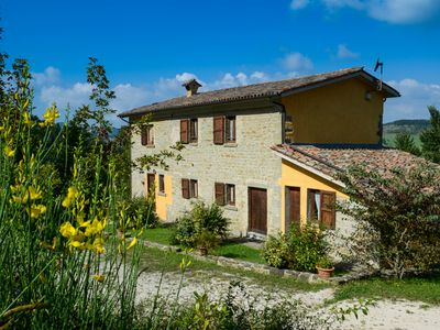 Photo for Valdarecchia: a peaceful country-house on the hills