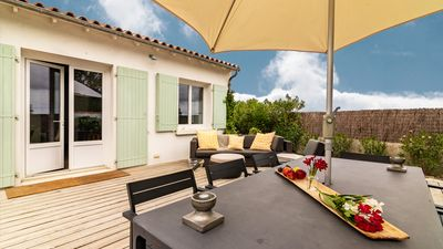 Photo for Modern family house, 8 people, with garden in Ars en Ré
