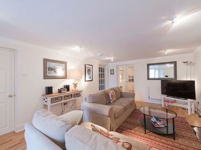 Photo for Very Central Property: Sleeps 5-6ppl