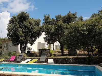 Photo for Provencal house of charm air-conditioned in peace with swimming pool