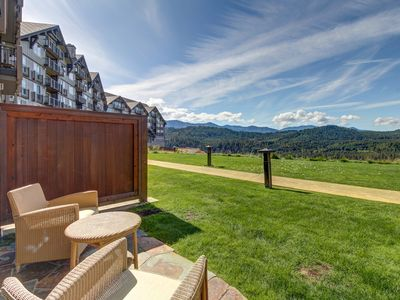 Photo for Bright condo with stunning views of the Cascades, shared pool, and hot tub!