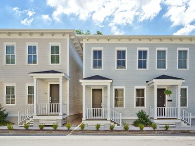 Price Street Place - Brand new Town Home in Historic District