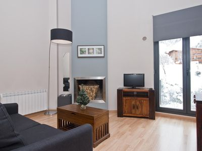Photo for Floc 23 apartment in Canillo with WiFi, private parking & lift.