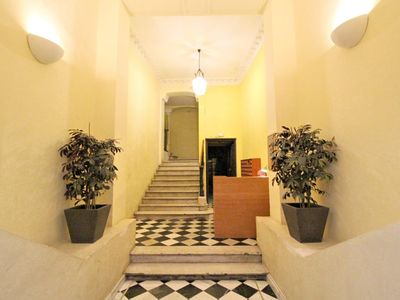 Photo for Sunny place in the heart of Barcelona, 1 'walk from las ramblas
