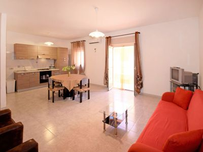 Photo for Apartment Nostromo's Apartment in Falcone - 4 persons, 2 bedrooms