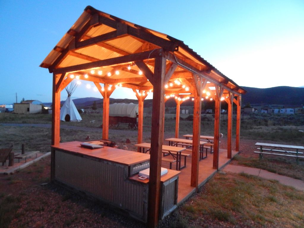 Koosh cabins to capitol reef national park bryce canyon for Fish lake cabin