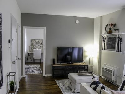 Photo for Bright, Airy Suite: WalkScore 98, Keypad, SmartApt, Center City