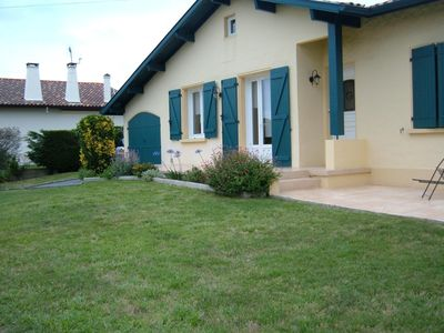 Photo for Villa, 4 people with garden, near ocean Basque Coast Boucau