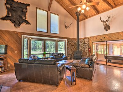Photo for Chiloquin Home w/Fire Pit & Deck - By Crater Lake!