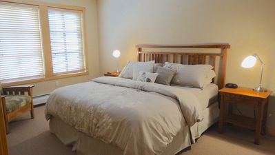 BRAND NEW KING SIZE BED