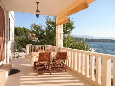Photo for One bedroom apartment near beach Lumbarda, Korčula (A-9325-b)