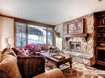 Photo for Elegant family friendly mountain home