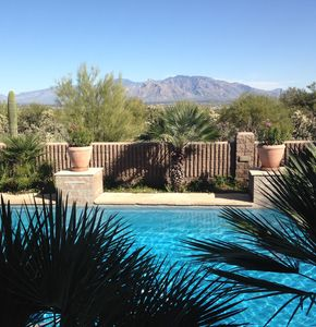MAKE YOURSELF AT HOME IN THE TUCSON MOUNTAINS! GET LOST IN THE DESERT VIEWS.