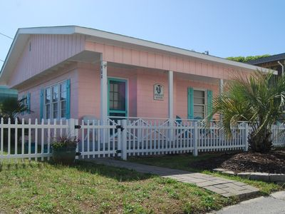 Photo for 2 Br 2nd Row Coastal Cottage.