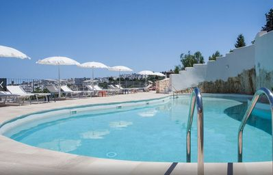 Photo for Villa with swimming pool in Ostuni, breathtaking sea view. Discount for 7 days