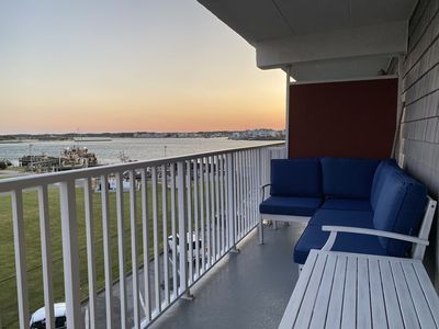 Photo for Stylish 2 BR, Ocean, Bay, Sunset Views, Pool, Near Beach
