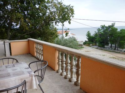 "Photo for Apartments Dadić-near pebble beach ""Jaz"" (41533-A1) - Seline"