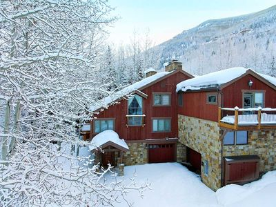 Photo for Vail Golf Course Residence, only 1.3 miles from Vail Village, hot tub