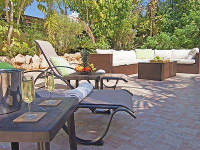 Photo for Beautiful apartment for 8 people with WIFI, private pool, A/C, TV and parking