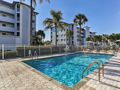 Photo for NEW! Updated Ft Myers Beach Resort Condo w/ Lanais