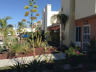 Photo for Bright, Cheerful, Family-Friendly, Secure Vacation Home 10 Min Walk To The Beach