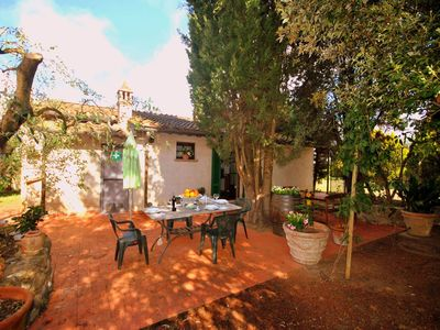 Photo for Farmhouse  with pool on the edge of the Chianti area on a hill overlooking Siena