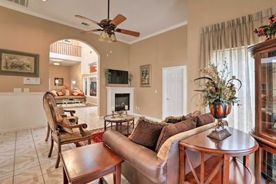 Stay in this elegant DeSoto vacation rental during your stay in the Dallas area!