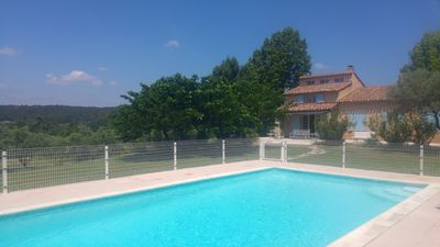Photo for Quiet villa with swimming pool 5 minutes from the golf of Aix en Provence