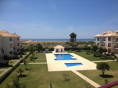 Photo for APARTMENT SEA VIEW TO THE VILAMOURA BEACH, IN CONDOMINIUM WITH POOL