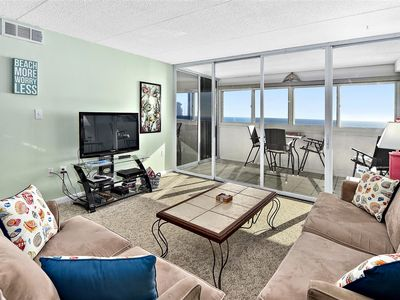 Beautiful Ocean Front 2 Bedroom Condo with Outdoor Pool!