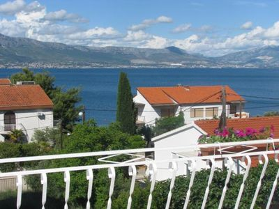 Photo for Apartment Mihovilovic  A2(6+2)  - Slatine, Island Ciovo, Croatia