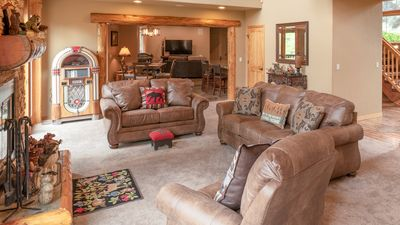 Photo for New Listing! Beautiful executive rental in Awbrey Butte!